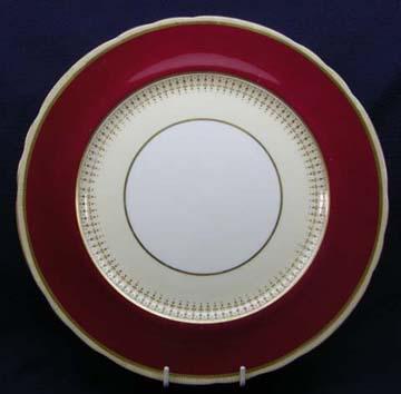 Aynsley Castleford - Maroon  7219 Plate - Dinner