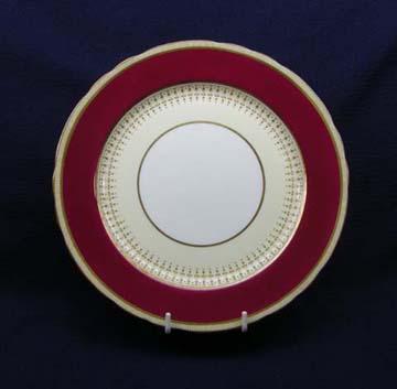 Aynsley Castleford - Maroon  7219 Plate - Salad