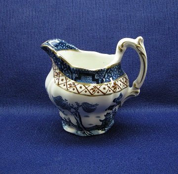 Booths Real Old Willow  A8025 Creamer - Small