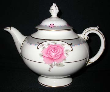 Coalport Aristocrat/Democrat Tea Pot & Lid - Large