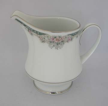 Noritake Enhancement  4035 Creamer - Large