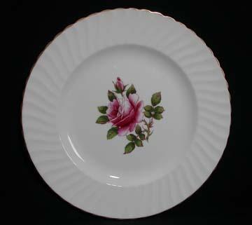 Northumbria Carleton Rose Plate - Dinner