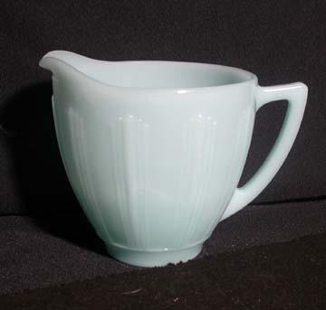 Pyrex - Cremax Delphite Turquoise Creamer - Large