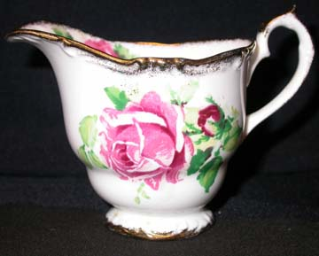 Queen Anne Lady Margaret Creamer - Small