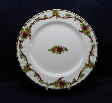 Royal Albert Old Country Roses - Holiday Ribbons Plate - Salad