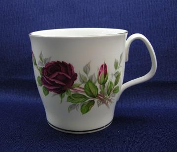 Royal Albert Royal Canadian Rose Mug