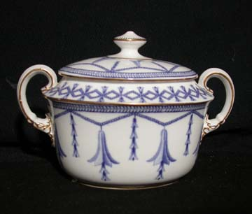 Royal Crown Derby Blue Bells On Chain Sugar Bowl & Lid
