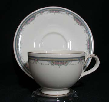 Royal Doulton Albany H5121 Cup & Saucer