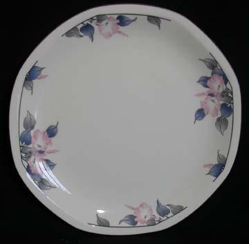 Royal Doulton Bloomsbury LS1082 Plate - Dinner