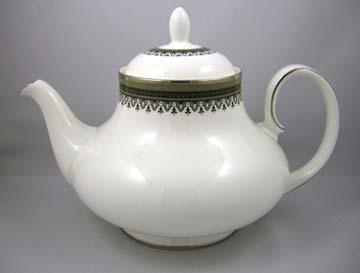 Royal Doulton Braemar Tea Pot & Lid - Large