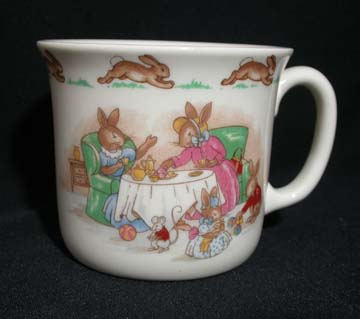 Royal Doulton Bunnykins 1 - Hug A Mug/One Handle - Afternoon Tea