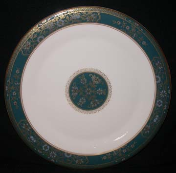 Royal Doulton Carlyle H5018 Plate - Dinner