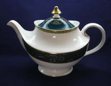 Royal Doulton Carlyle H5018 Tea Pot & Lid - Large