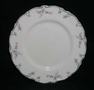 Royal Doulton Chatelaine H4960 Plate - Salad