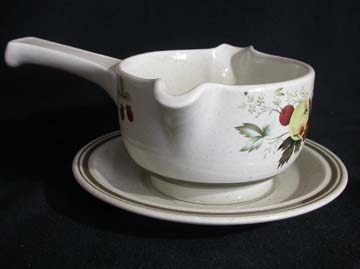 Royal Doulton - Lambethware Cornwall - Double Green Band - LS1015 Gravy Boat & Underplate