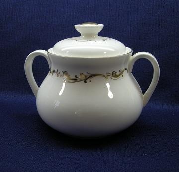 Royal Doulton French Provincial  H4945 Sugar Bowl & Lid