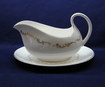 Royal Doulton French Provincial  H4945 Gravy Boat & Underplate