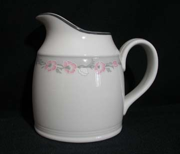 Royal Doulton Park Lane - Fresh Flowers Series Creamer - Large