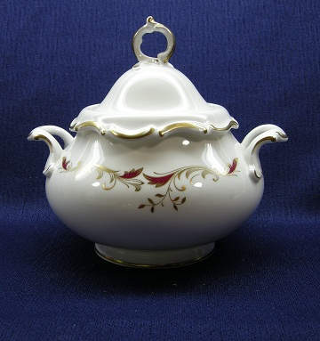 Royal Doulton Strasbourg H4958 Sugar Bowl & Lid