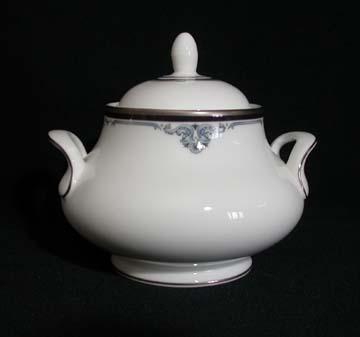 Royal Doulton Sheridan H5168 Sugar Bowl & Lid