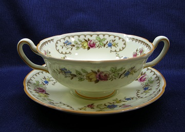 Royal Doulton The Beaufort Cream Soup & Saucer Set - Footed