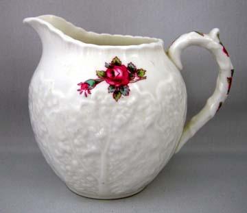 Spode Savoy Rose Y2862 Creamer - Large
