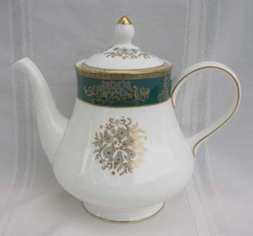 Wedgwood Agincourt  R4513 Tea Pot & Lid - Large