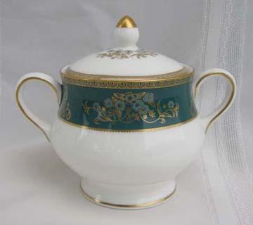 Wedgwood Agincourt  R4513 Sugar Bowl & Lid